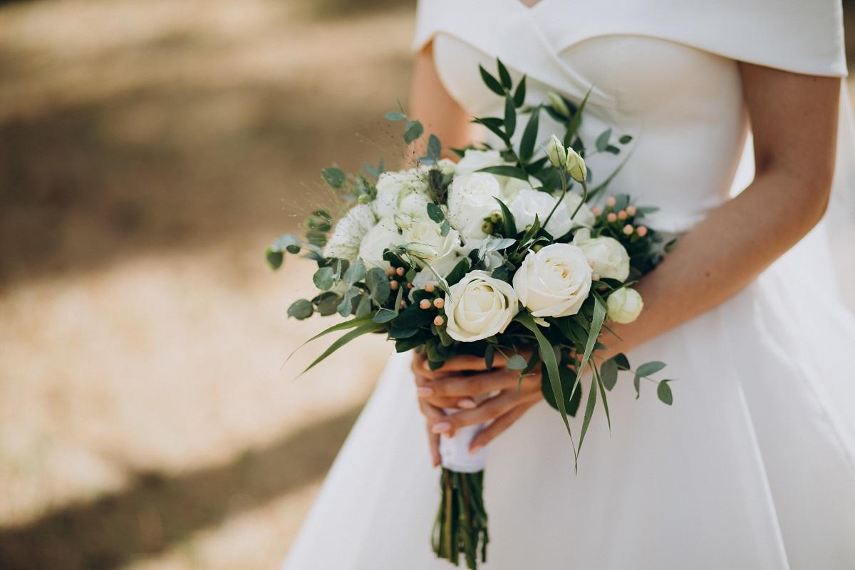 SOS abito da sposa: le forme in base al fisico